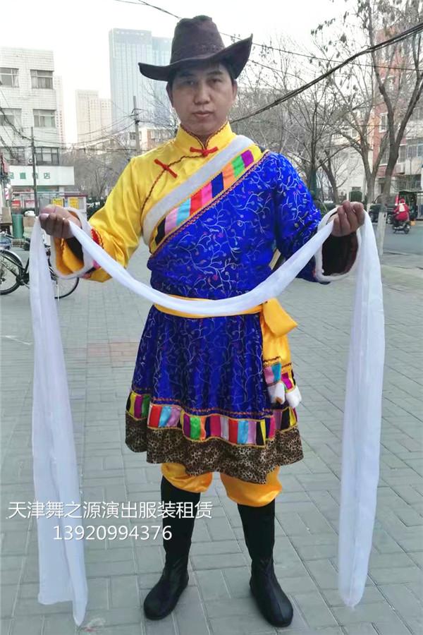 蓝色男藏族2