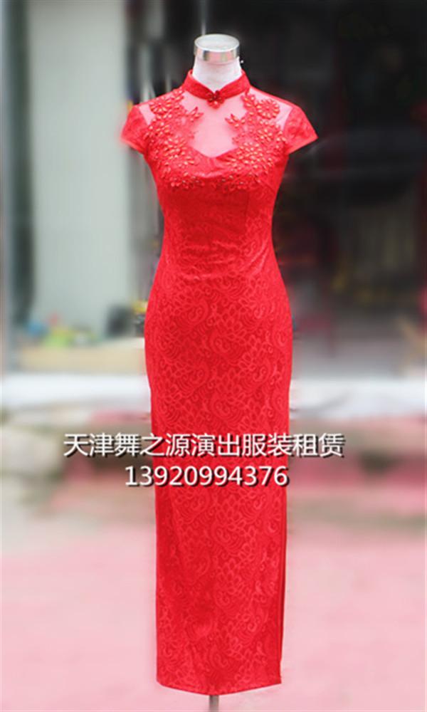 红色蕾丝礼仪长旗袍