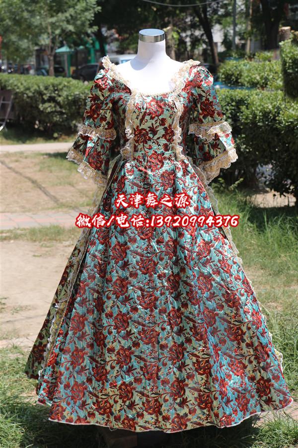 绿底红花女欧式礼服