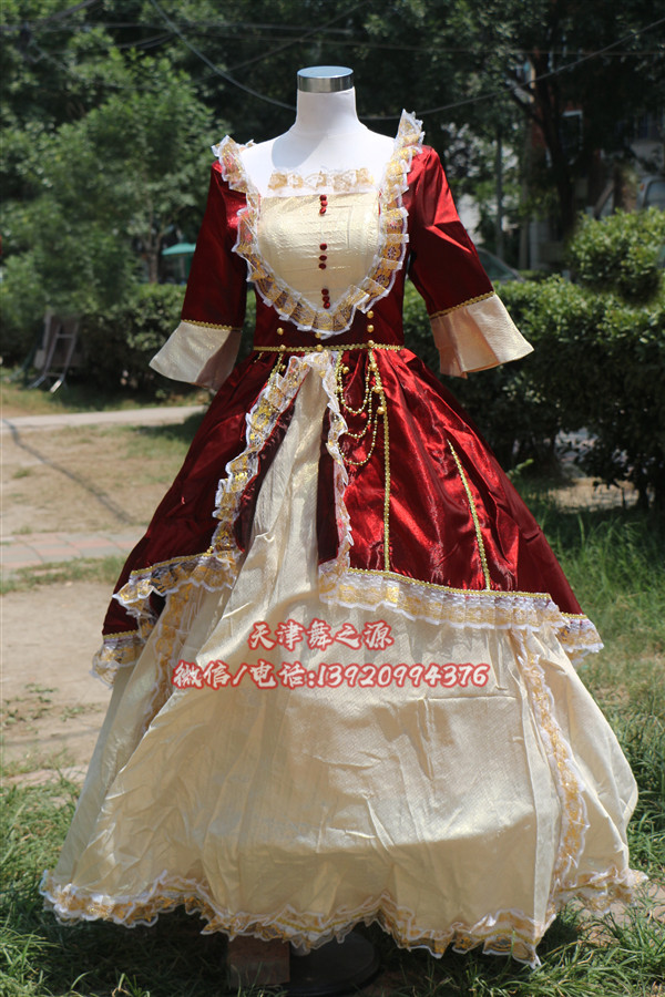 紫红下米色欧式女装